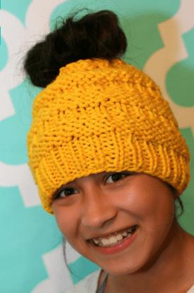 messy bun hat, loom knit messy hat, messy bun